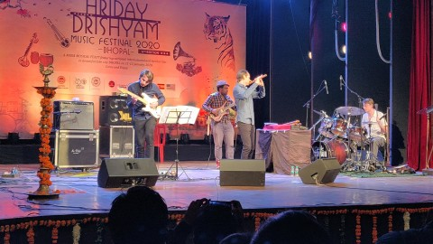 GUILLAUME_BARRAUD_QUARTET_HRIDAY_DRISHYAM_FESTIVAL_BHOPAL_INDIA(5)