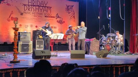 GUILLAUME_BARRAUD_QUARTET_HRIDAY_DRISHYAM_FESTIVAL_BHOPAL_INDIA(6)